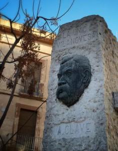 Monument a Anselm Clavé